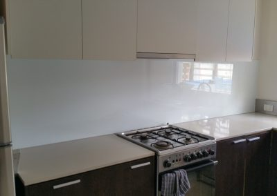 Accurate Glass Splashbacks